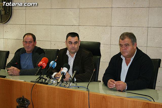 El ayuntamiento y la ASAJA firman un convenio de colaboración, Foto 3