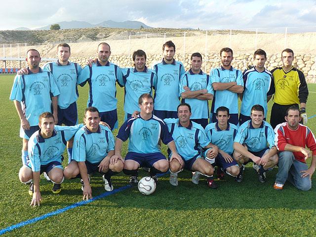 Muebles Mondrián es el nuevo lider de la liga de futbol aficionado Juega Limpio, Foto 4