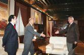 El presidente de la Comunidad, Ramón Luis Valcárcel, recibió al alcalde de Cieza, Antonio Tamayo