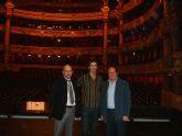 El Alcalde de Puerto Lumbreras asiste junto con el Director General de Promoción Cultural a la representación de la obra dirigida por José Martínez en París