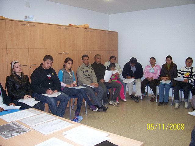 Organizan charlas educativas encaminadas a incrementar los conocimientos y habilidades de las personas inmigrantes para lograr una adecuada integración en la sociedad, Foto 1