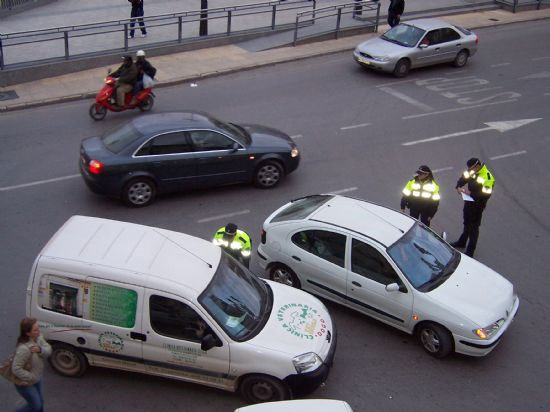Se pone en marcha una patrulla de la Policía Local que intensificará el servicio de vigilancia en barrios, Foto 1