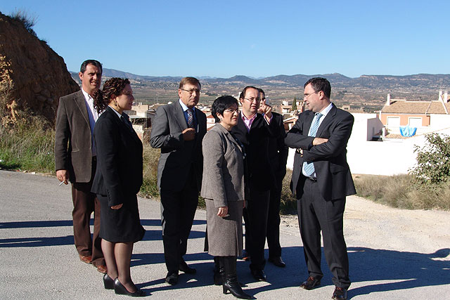 Obras Públicas invertirá 1,3 millones en el acondicionamiento de Las Cañadas de Pliego - 1, Foto 1