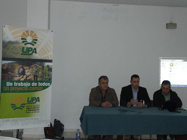 Jornadas sobre instalaciones fotovoltaicas sobre tejados en zonas agrícolas y ganaderas, Foto 1