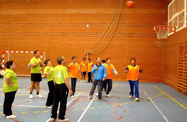 """7 alumnos del Centro Ocupacional """"José Moya"""" participan en el Campeonato Regional de Baloncesto, Foto 2"""