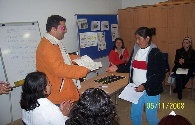 Clausuran los talleres de Informática Básica, Foto 2