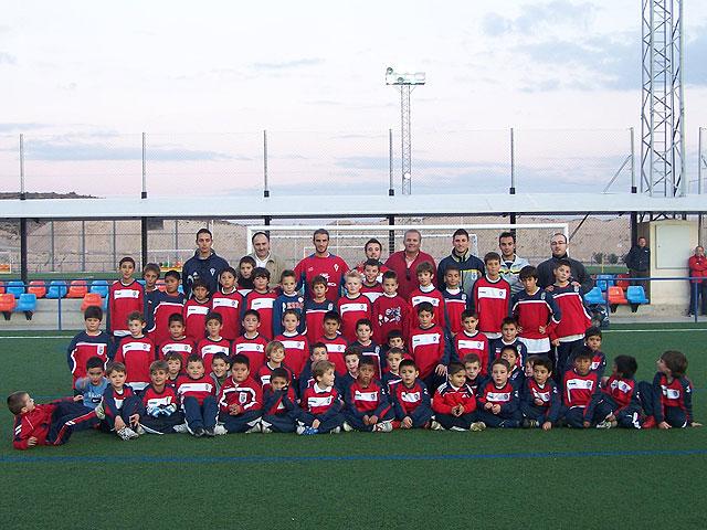 El jugador del Real Murcia, Iván Alonso, realizó una visita a la Ciudad Deportiva, Foto 1