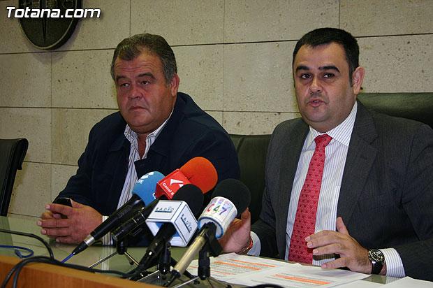 El alcalde informa de que la Comunidad Autónoma condonará una deuda de casi medio millón de euros a una sociedad cooperativa agraria, Foto 1