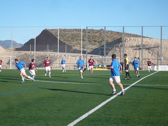 Jornada sin sorpresas en la liga de futbol aficionado Juega limpio, Foto 1