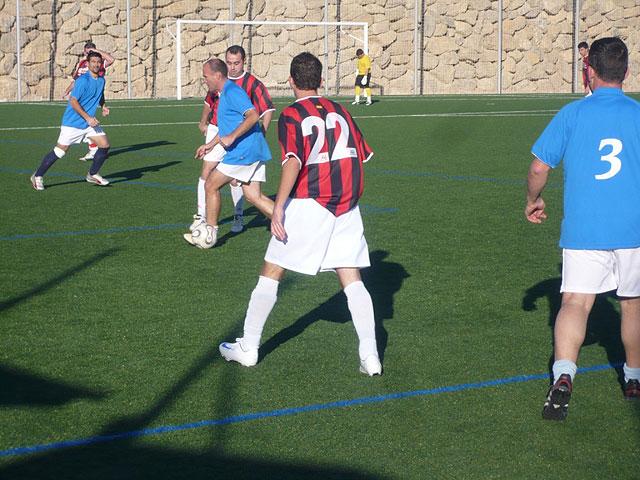 Jornada sin sorpresas en la liga de futbol aficionado Juega limpio, Foto 2
