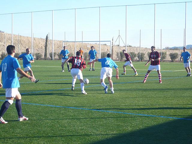 Jornada sin sorpresas en la liga de futbol aficionado Juega limpio, Foto 4