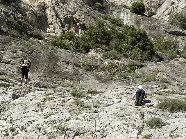La Concejalía de Deportes organiza un fin de semana de senderismo de alta montaña con raquetas de nieve en Sierra Nevada, Foto 3