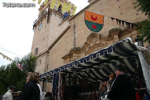 Totana inmersa en el siglo XIV revive el pasado con el Mercadillo Medieval, Foto 1