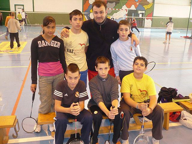 """Un total de 84 escolares participan en el torneo escolar de b�dminton, enmarcado en el programa """"Haz deporte, haz salud"""", Foto 1"""