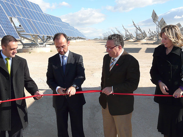 El huerto solar Soltec de La Alcayna de Molina de Segura ha sido inaugurado hoy martes 2 de diciembre - 1, Foto 1