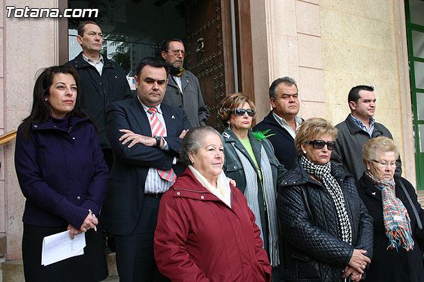 """Totana condena la violencia de g�nero con la concentraci�n silenciosa """"Mi�rcoles Blanco"""", Foto 1"""