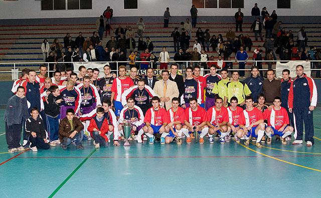 El Pozo y la selección de Mazarrón de fútbol sala llenan el pabellón de deportes - 1, Foto 1