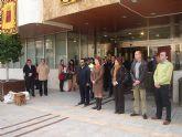 La Alcaldesa condena enérgicamente el último atentado de ETA en la concentración silenciosa celebrada a las puertas del Ayuntamiento