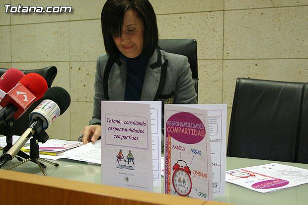"""La Concejal�a de Mujer e Igualdad de Oportunidades presenta la puesta en marcha del programa sobre """"La conciliaci�n de la vida laboral y familiar"""", Foto 1"""