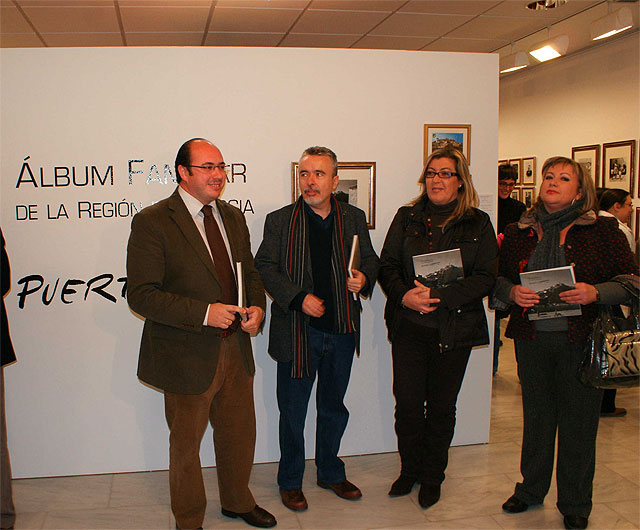 """Inauguran la exposición fotográfica """"Álbum Familiar de Puerto Lumbreras"""" - 1, Foto 1"""
