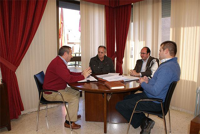El Alcalde se reune con la nueva asociación ACEGA (Asociación de Empresarios de Ganadería y Agricultura de Lorca) - 1, Foto 1