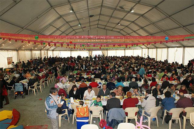 """Más de 1000 personas celebran el día grande de las Fiestas en el tradicional """"Arroz y Pavo"""" - 1, Foto 1"""