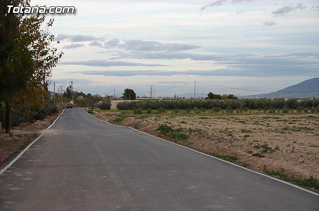 Inauguran la rehabilitaci�n y pavimentaci�n del firme del camino de la Casa de Cervantes-Deilor, Foto 1