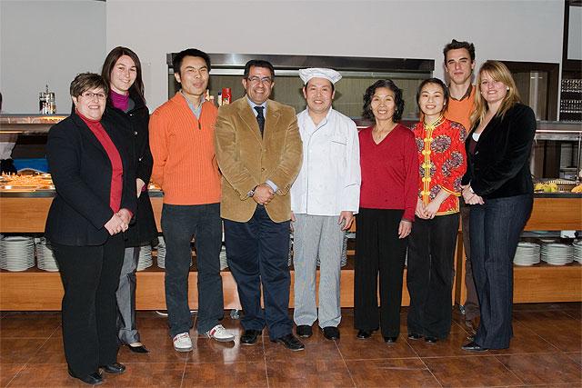 """El alcalde inaugura la ampliación del restaurante """"Gran Mundo Wok - Buffet Libre"""" - 1, Foto 1"""