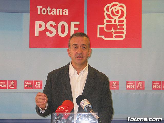 Los socialistas proponen la construcci�n del nuevo cuartel como medida para crear empleo en Totana, Foto 1