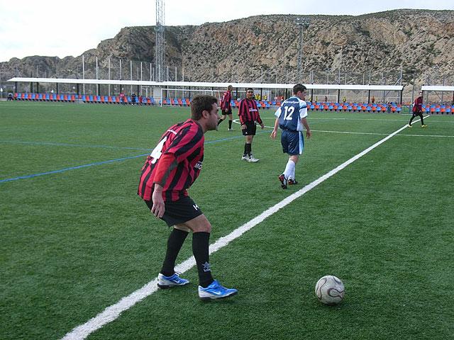 Victoria de la Peña Madridista La Décima en el partido de la jornada contra el Bar River-Santo Barón En la liga de futbol aficionado Juega Limpio, Foto 3