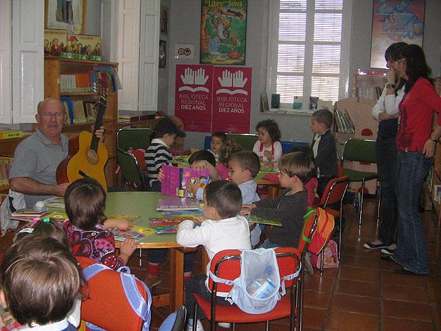 La Biblioteca Municipal de Totana recibe un premio por quinto año consecutivo, Foto 1