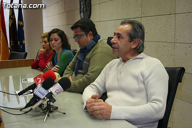"""El concejal de Bienestar Social presenta las l�neas de trabajo de """"Atofade"""" y """"Cerma"""", Foto 5"""