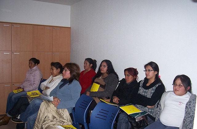 """El """"Taller de igualdad de oportunidades"""", cont� con la participaci�n de una decena de personas de diferentes nacionalidades, Foto 2"""