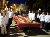 El roscón gigante de reyes de más de 140 metros se realizará en beneficio de Cáritas para ayudar a las familias más desfavorecidas del municipio en la navidad