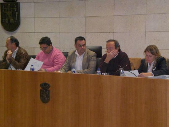 Instar�n en el pleno a la Comunidad Aut�noma al desarrollo de programas municipales con personas penadas, Foto 1