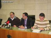 'Los presupuestos generales municipales para 2009 aprobados por el pleno mantienen el esfuerzo inversor con 14,2 millones de euros y reduce los gastos de personal y corrientes del consistorio'