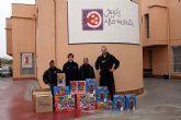 El CB Murcia reparte juguetes también en Jesús Abandonado