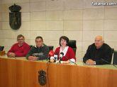 Cáritas recibirá más de mil euros por el roscón gigante de Totana