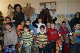 Los Reyes Magos visitan a los niños del Centro de Atención Temprana de la Asociación de Discapacitados 'El Castillo'