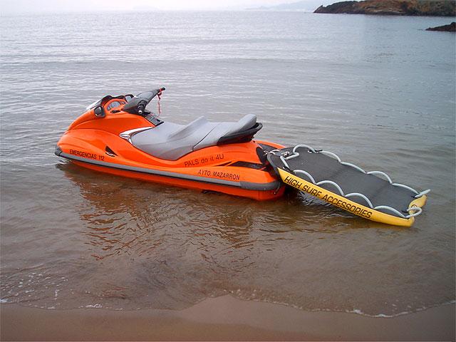 La asociación PALS dona una moto acuática al Ayuntamiento, Foto 2