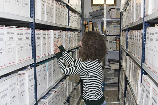 La Comunidad concede dos subvenciones para el Archivo Municipal, Foto 1