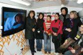 El bus informativo contra la violencia de género visita Puerto Lumbreras