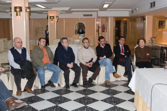 Blaya y Jiménez se reúnen con los empresarios turísticos del municipio, Foto 2
