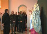 Valc�rcel visita en Alhama la exposici�n 'Consuelo de los Afligidos', con im�genes religiosas de escultores murcianos
