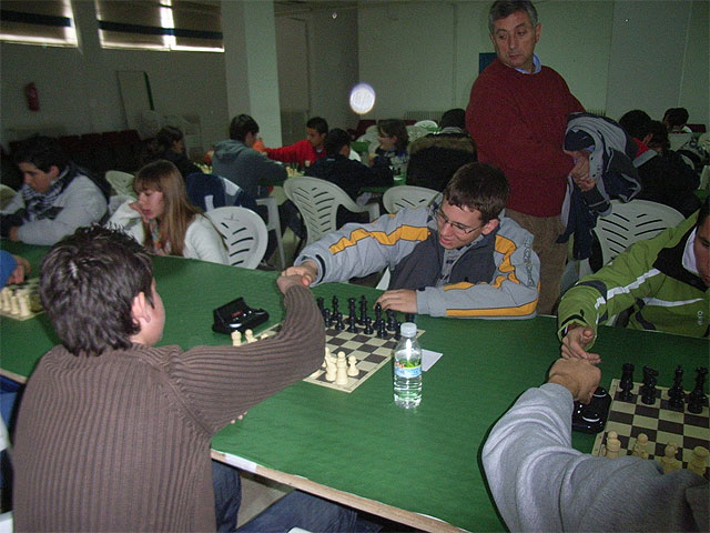 Good results of the students of the school totaneros The Miracle on the second day of Open Chess Championship