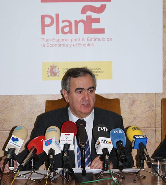 El delegado del Gobierno autoriza 673 proyectos por valor de 246,3 millones de euros, Foto 1
