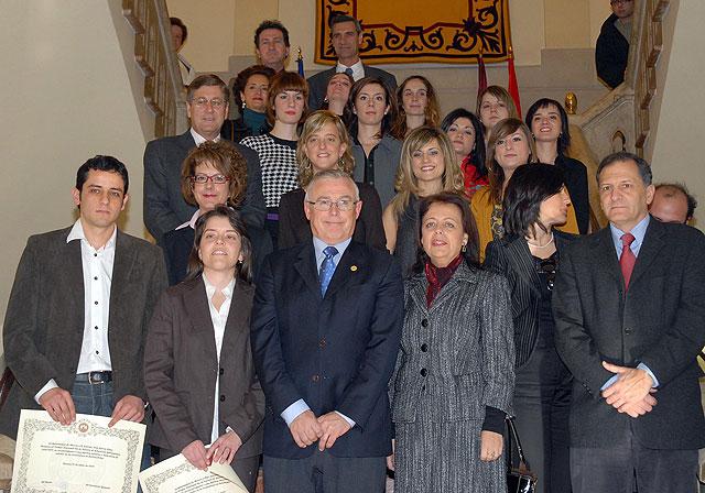 La Universidad de Murcia ofreció un homenaje a los quince estudiantes Premios Nacionales Fin de Carrera - 1, Foto 1