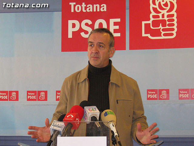 """According to the Socialists, """"the January plenary reaffirmed political autism and spokesman Andreo"""""""