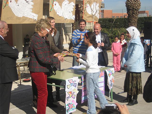 Todos por la paz en el CEIP Los Rosales de El Palmar - 1, Foto 1