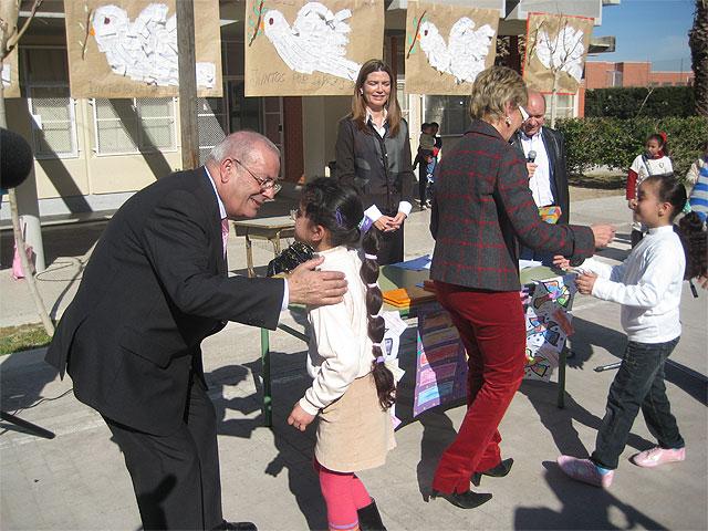 Todos por la paz en el CEIP Los Rosales de El Palmar - 2, Foto 2